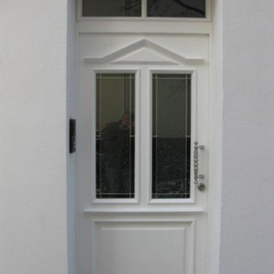 Haustür mit Oberlicht und Bleiverglasung / Solingen