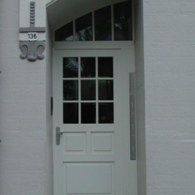 Haustür mit Oberlicht Segmentbogen / Remscheid
