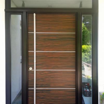 Haustür mit Oberlicht und Seitenteilen / Köln