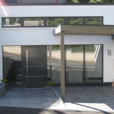 Haustüranlage mit Oberlichtband / Remscheid